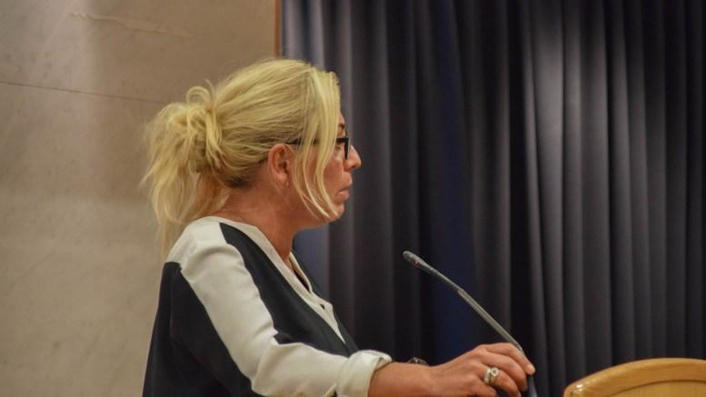 PSYKISK HELSEPILOT: Bystyrepresentant for Høyre, Benedikte Nilsen, foreslo at psykisk helse blir et fag på timeplanen i grunnskolen i Arendal. Nå skal det bli testprosjekt. Foto: Esben Holm Eskelund