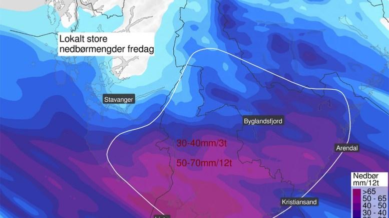 KRAFTIG REGN: Fredag kan det bli særdeles vått i vår landsdel. Foto: Yr.no