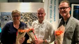 VENSTRE-KANDIDATER: Ivar Grødal (t.h.) står høyt oppe på listen for Arendal Venstre. Her sammen med fjerdekandidat Mona Hauglid og toppkandidat Pål Koren Pedersen. Foto: Jan Kløvstad