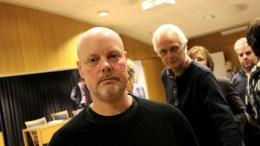 SV-POLITIKK: Einar Krafft Myhren (foran) og Rune Sævre i SV gikk til valg i 2015 på å gjeninnføre boplikt i Arendal. Knappe elleve måneder før lokalvalget, kan temaet være på vei inn i bystyret igjen. Arkivfoto/Lokalavisen Geita