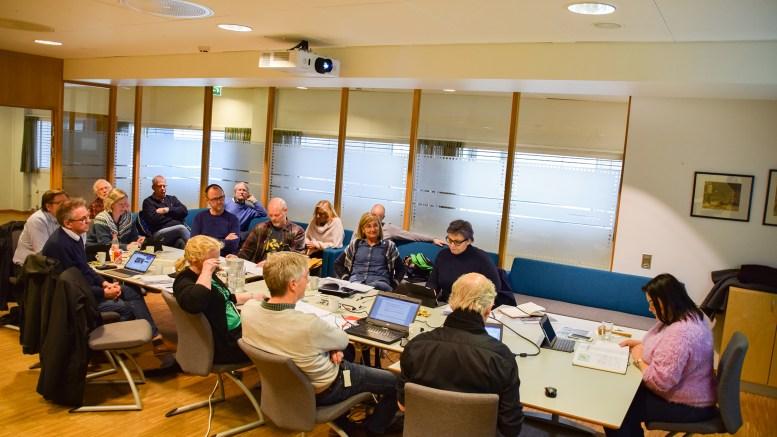 HOVE-REGULERING: Kommunalsjef Geir Skjæveland la frem forslag til prosjektplan for regulering av campingarealet på Hove for kommuneplanutvalget. Foto: Esben Holm Eskelund