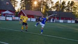 TRAUMA-SEIER: Her seter Wilhem Pepa inn 1-0 til Trauma i årets første hjemmekamp på Hove. Foto: Esben Holm Eskelund