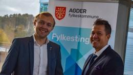 FOR FOLKET: Tromøy-poltikerne i Agder fylkesting, Erik Johan Tellefsen Lindøe og Andreas Arff vil være tilgjengelige for velgerne, selv om den politiske makten flyttes vestover. Foto: Esben Holm Eskelund