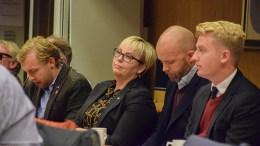 HØYRE-REKKA: Halve gruppa i Arendal Høyre er fra Tromøy. Fra venstre: Erik Johan Tellefsen Lindøe, Nina Roland, Kristoffer Lyngvi-Østerhus og Haagen Poppe. Foto: Esben Holm Eskelund