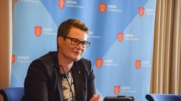 INVESTERINGSBUDSJETT: Fylkesrådmann Tine Sundtoft i Agder fylkeskommune vil prioritere strekningen Harebakken til Krøgenes. Det vil ikke samferdselsutvalget. Foto: Esben Holm Eskelund
