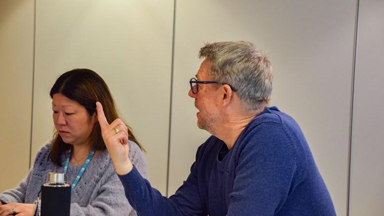 KORONA-MIDLER: Leder av trafikksikkerhetsutvalget i Arendal kommune, Øystein Krogstad (Krf) håper nok på flere enn én finger ned i en eventuell nasjonal pott med krisemidler som følge av koronapandemien. Arkivfoto