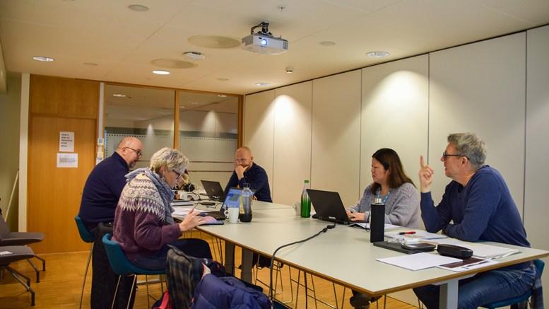 PRIORITERINGSLISTE: Trafikksikkerhetsutvalget i bystyret har nå laget sitt forslag til prioritering av fylkesveier i Arendal kommune med behov for gang- og sykkelvei. Foto: Esben Holm Eskelund