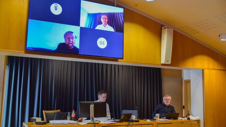 NASJONALPARKKOMMUNE: Thore Kristian Karlsen (Hovelista) mener skjebnen til Hove ble beseglet allerede i forrige bystyremøte. Foto: Esben Holm Eskelund