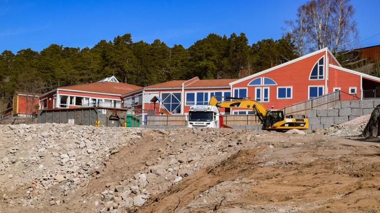 SKOLESALG: Arendal eiendom KF er positiv til søknaden fra Tromøy fritidsklubb om å overta den fraflyttede barneskolebygningen på Roligheden. Det er bystyret som til slutt avgjør. Foto: Esben Holm Eskelund