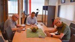 LOVER INNSYN: Styreleder i HDU, Morten Kraft (t.h.) lover innsyn i selskapets virksomhet 16 år tilbake i tid. Arkivfoto