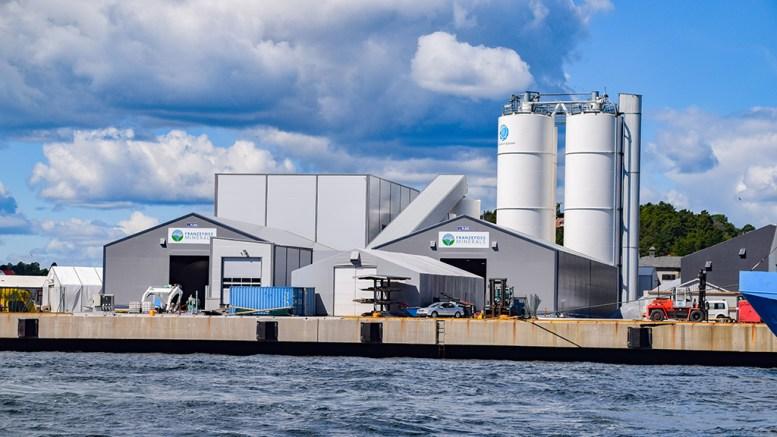 ØKER PRODUKSJONEN: Franzefoss Minerals Miljøkalk på Eydehavn vil øke produksjonen, men uten at det skal føre til økt støy i området. Foto: Esben Holm Eskelund