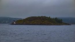 SKUDEHOLMEN: Holmen ligger nordvest for Merdø. Foto: Esben Holm Eskelund