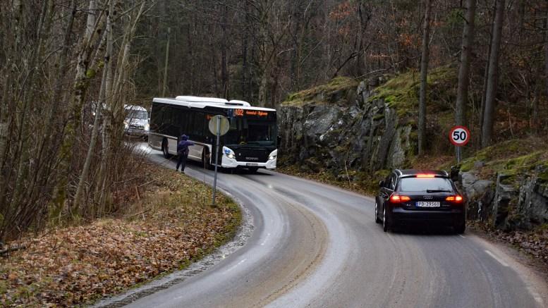 GANG- OG SYKKELVEI: Strekningen er topprioritert for gang- og sykkelvei i Arendal, men blir neppe realisert med det første. Arkivfoto