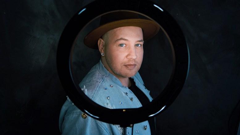 ECHO: Bjørn Olav Edvardsen setter ord på koronaåret med ny låt. Foto: Marianne Hovden