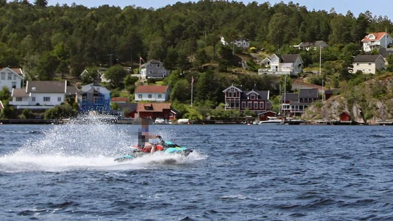 KAN BLI TETT: Å forby vannscooter i Nidelva og i Raet nasjonalpark kan føre til at det bare er Galtesund og Tromøysund igjen å kjøre på. Det er ikke en ønskesituasjon for politikere i Arendal. Arkivfoto
