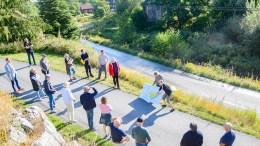 SKARETUN: Fem eneboliger er planlagt på et lite område ved en sjøørretførende bekk på Skare. Politikerne er positive, men ber om justeringer i høringsperioden. Foto: Esben Holm Eskelund