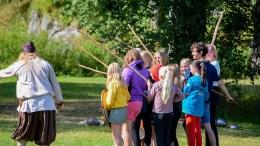 SOMMERSKOLESUKSESS: Hove Leirskole har tilbudt et variert innhold i sommerskolen for Arendal på Hove gjennom tre uker denne sommeren. Foto: Esben Holm Eskelund