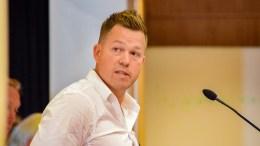 BOMPENGE-ENDRINGER: Andreas Arff (Frp) ber om at bystyret tar initiativ for å få regnet på effekten av endrede bompengevilkår for å få ned trafikken på Kystveien. Foto: Esben Holm Eskelund