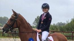 TOPPLASSERING: Tromøy-rytter Victoria Celine Dalen er på stevne i Danmark og hoppet seg inn på pallplass mot noen av de beste internasjonale rytterne. Arkivfoto