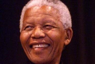 Aos 90 anos de idade, Nelson Mandela sairá da lista de terrorista