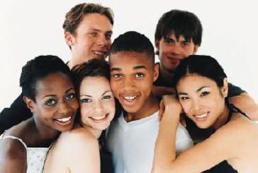Projeto abraço promove integração étnico-racial nas escolas