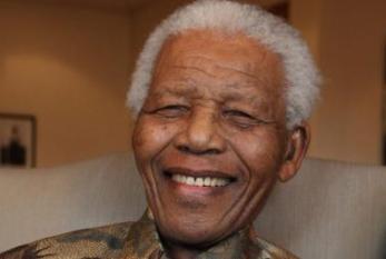 Nelson Mandela é hospitalizado na África do Sul