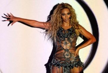 Novo álbum de Beyoncé é adiado