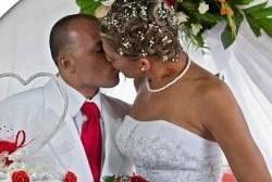 Cuba: Primeiro casamento entre transexual e gay