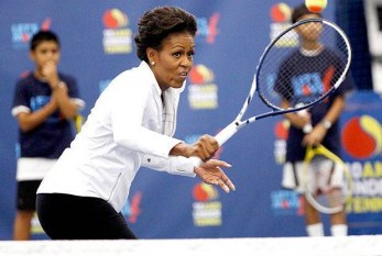 Michelle Obama visita o US Open e até bate bola com Serena Williams