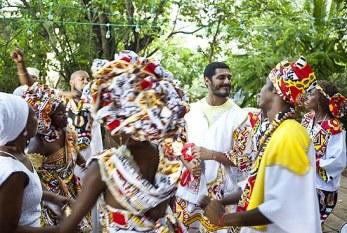 Ilê Aiyê e Criolo: Que Bloco é Esse? o primeiro videoclipe de um bloco afro da Bahia