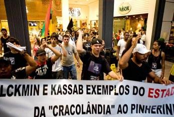 Protesto contra o racismo no Shopping Higienópolis