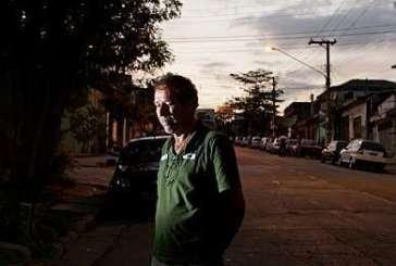 Pai investiga morte do filho sozinho e ajuda a colocar cinco PMs na cadeia