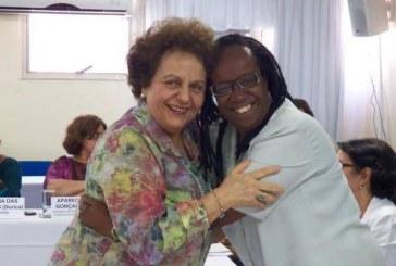 Ministra Eleonora empossa Sueli Carneiro como conselheira de notório saber do Conselho Nacional dos Direitos da Mulher