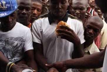 Chega ao caos situação de ajuda a haitianos no Acre, diz secretário