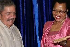 Lula apresenta Bolsa Família em palestra na África