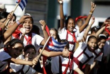 A educação latina em evidência: Cuba x Brasil