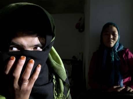 A violência contra mulheres é uma construção social e resultado da desigualdade de força nas relações de poder entre homens e mulheres e reproduzida pela sociedade Foto: Getty Images