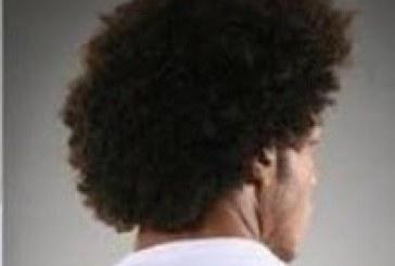 TRT de Brasília mantém condenação à empresa Voetur por coagir empregado a cortar cabelo 'black power'