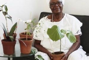 Mãe Stella: Xireando o yoruguês