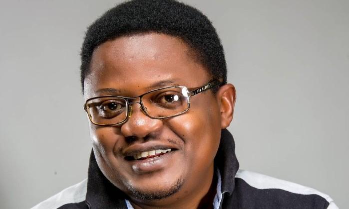 O escritor Rotimi Babatunde - Divulgação