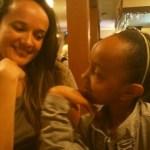Brasil: vítima de racismo em escola, menina é obrigada a pedir desculpas aos agressores