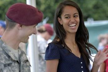 Filha mais velha de Obama, Malia atrai legião de fãs com seu estilo