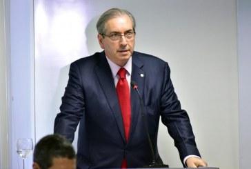 Janot quer que Eduardo Cunha devolva R$ 277 milhões