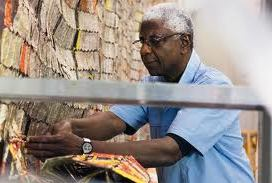 A genial arte de El Anatsui, a alma escultórica da África atemporal