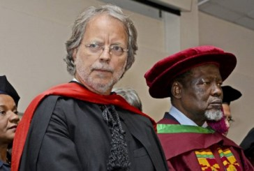 "Discurso proferido por Mia Couto ao receber o título Doutor ""Honoris Causa"", pela Universidade Politécnica de Maputo"