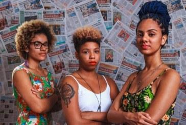 Jovens negras assumem o cabelo crespo com muita atitude