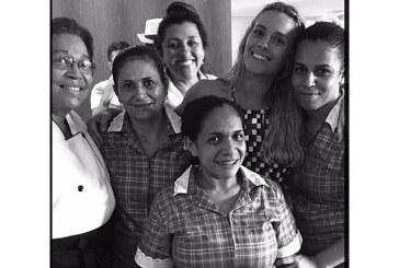 O selfie de Dieckmann e Casé com as empregadas e o contexto sociocultural das domésticas no Brasil