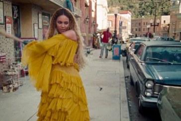 """Beyoncé homenageia as mulheres negras com """"Lemonade"""", um """"álbum-filme"""""""