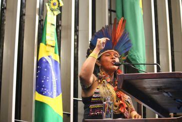Seis mulheres indígenas que vale a pena seguir nas redes