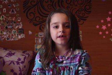 """""""Somos quem somos"""", menina trans lembra que crianças como ela precisam ser ouvidas"""
